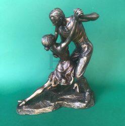 Tangozó pár szobor