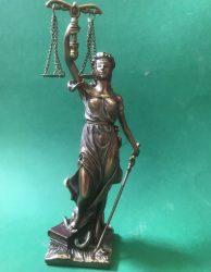 """Igazság Istennője """"Justica"""" szobor"""